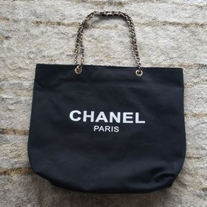 Chanel VIP Large Tote